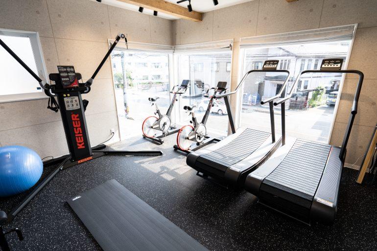 福島市のトレーニングジム・スポーツジム|D'mov Training Center
